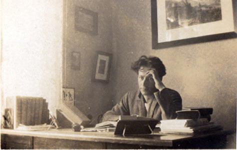 Ο Μίλτος Κουντουράς στη Γερμανία, Südende - Berlin, 1926.